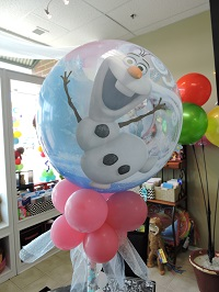 This Qualatex Bubble Balloon features Olaf on one side, and Princesses on the Other.